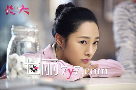 《长大》白百合江疏影剧照 气质美女诠释清新淡妆