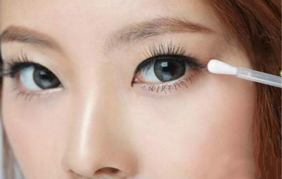 卸妆的正确步骤与方法 让你真正拥有干净肌肤