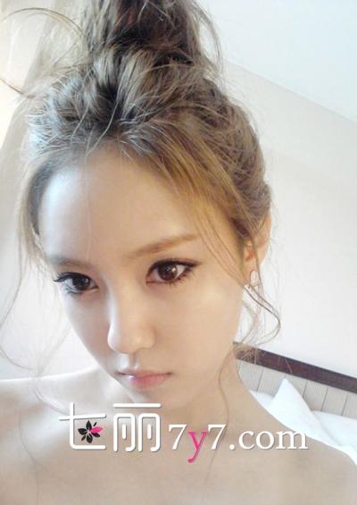 朴孝敏芭比眼妆PK含恩静猫眼妆 T-ara时尚眼妆