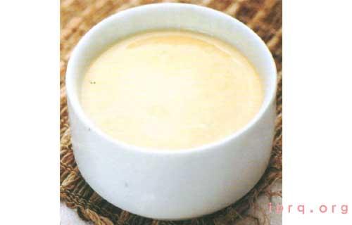 自制柠檬蛋清美白补水面膜的做法