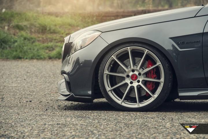 Mercedes-Benz-E63-AMG-4.jpg